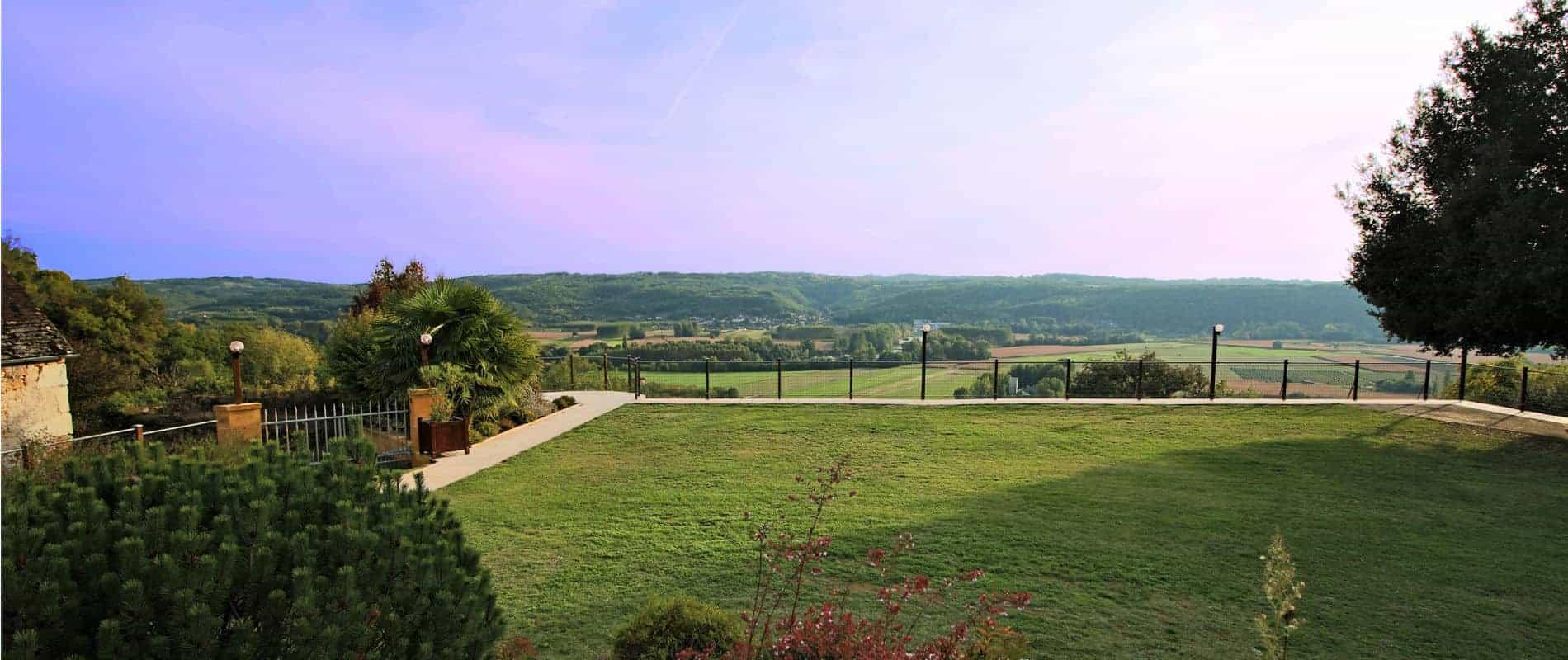 les gites la palombiere en dordogne avec une vue panoramique sur la Vallée de la Dordogne